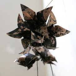 Grappe d'origami Lys et Tortues