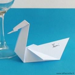Marque-place cygne en origami