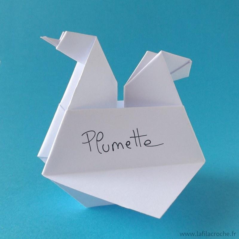 marque place poule en origami pour anniversaires d 39 enfants et p ques. Black Bedroom Furniture Sets. Home Design Ideas