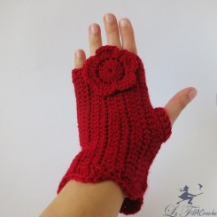 Mitaines rouges au crochet