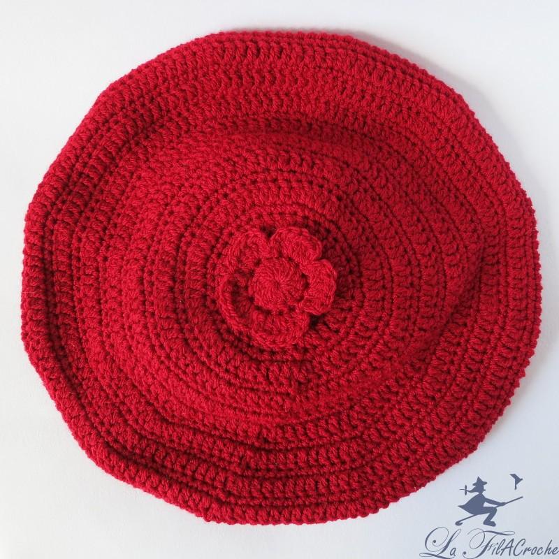 b ret rouge femme fait main au crochet en acrylique. Black Bedroom Furniture Sets. Home Design Ideas