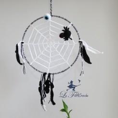 Attrape-rêves au crochet l'araignée sur sa toile