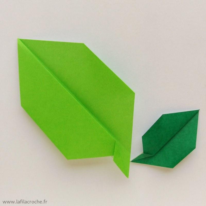 Feuilles De Fleurs En Papier Origami Pour Les Collages Créatifs