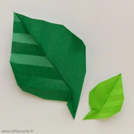 Feuilles origami nervurées en papier