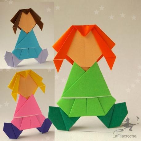 Poupées demoiselles en papier