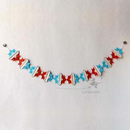 Guirlande cocardes bleu blanc rouge
