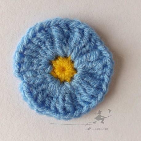 Fleur ronde bleu au crochet
