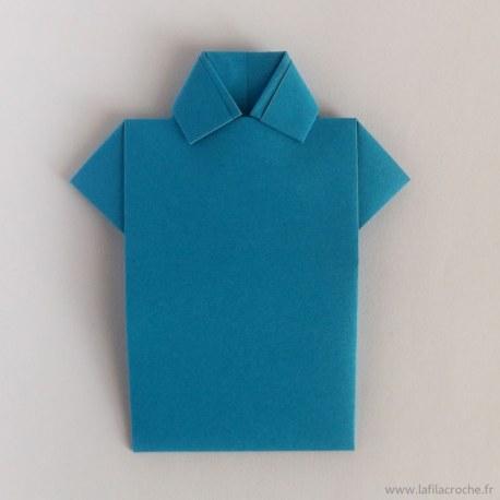 marque-place chemise en origami