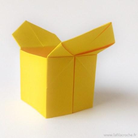 Sanbo jaune pour œuf ou bonbons