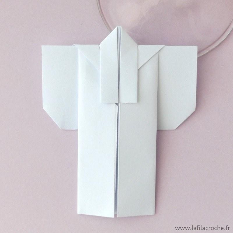 marque place en origami faits main forme kimono japonais th me asie. Black Bedroom Furniture Sets. Home Design Ideas