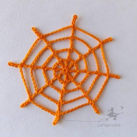 Appliqu toile d 39 araign e au crochet pour customisation et for Toile d araignee decoration
