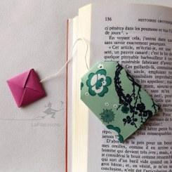 Marque-page sachet de thé en origami