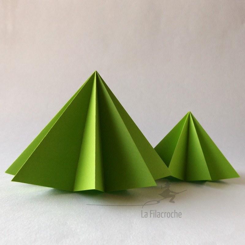 Duo sapins de no l en papier style figuratif poser pour d corations - Sapin en papier origami ...