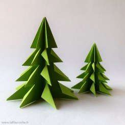 Sapin de table de Noël en papier