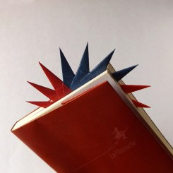 Marque-page soleil en origami modulaire