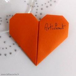 Marque-place coeur en origami