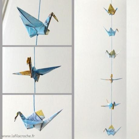 Guirlande grues origami papier carte atlas