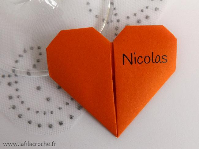 Marque-place coeur origami avec prénom imprimé