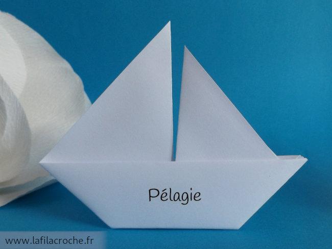 Marque-place voilier imprimé prénom