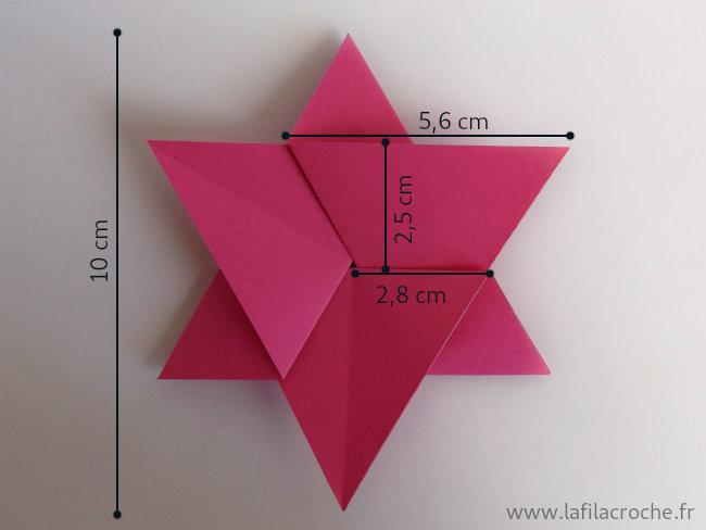 Dimensions du marque-place étoile de David en origami