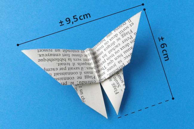 Dimensions du papillon en papier de livre