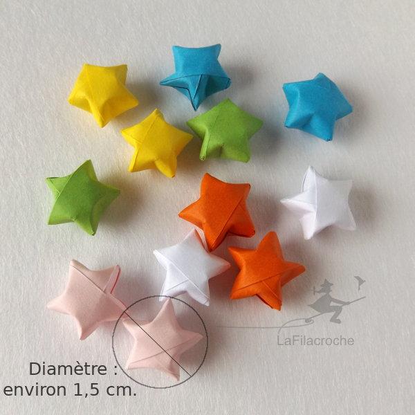 Couleurs des mini étoiles chinoises du bonheur en origami
