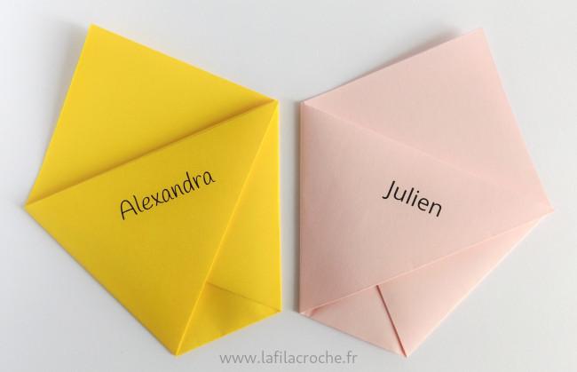 Marque-places pochettes origami avec prénoms imprimés